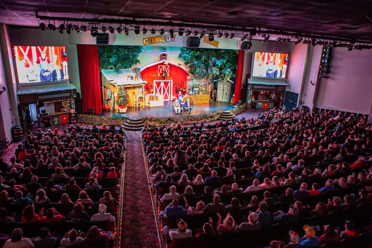 Christmas Show - The Comedy Barn Theater - Pigeon Forge TN